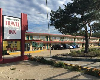 Travel Inn Motel - Michigan City - Building