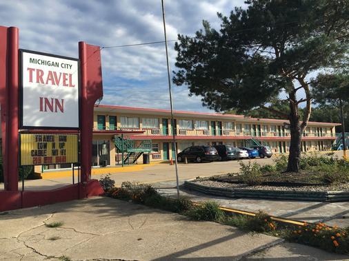 Travel Inn Motel - Michigan City - Rakennus