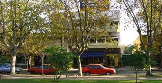 Hotel Aeropuerto - Monte Grande