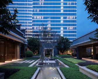 Hyatt Regency Fuzhou Cangshan - Fuzhou - Building