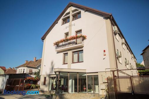 Pensiunea Simar - Sibiu - Building