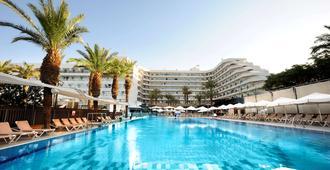 芮夢尼埃拉特酒店 - 埃拉特 - 埃拉特 - 游泳池