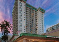Waikiki Resort Hotel - Honolulu - Building