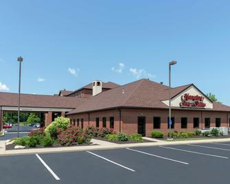 Hampton Inn & Suites Cleveland-Airport/Middleburg Heights - Middleburg Heights - Building