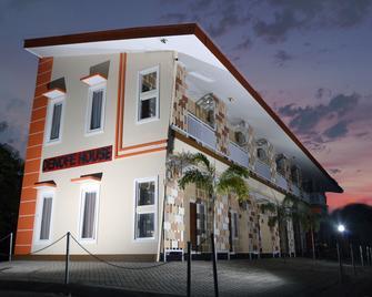 Denofe House - Cirebon - Building