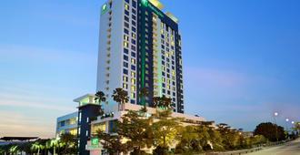 Holiday Inn Melaka - Malaca - Edificio