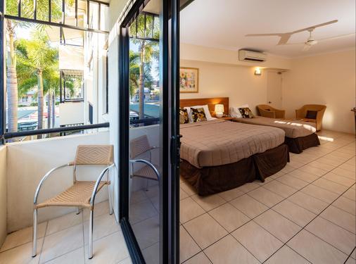 Cairns Queens Court - Cairns - Bedroom