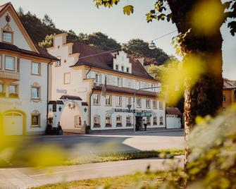 Hotel Bayerischer Hof - Kempten im Allgäu - Edificio