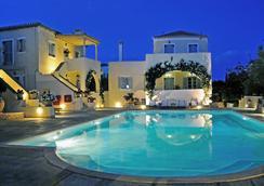 Villa Nika Boutique Hotel - Spétses - Pool