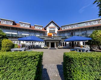Fletcher Hotel-Restaurant Klein Zwitserland - Heelsum - Edificio