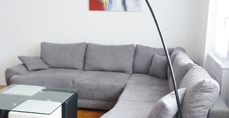 Beautiful Apartment 90m2 In The Heart Of Strasbourg - Strasbourg - Living room