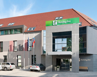 Holiday Inn Trnava - Trnava - Building