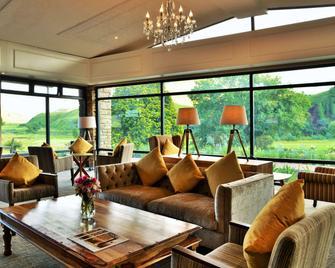 Premier Resort Sani Pass - Himeville - Bar