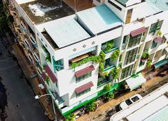 Winter Spring Homestay - Can Tho - Edificio