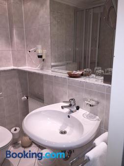 Schaperkrug - Celle - Μπάνιο