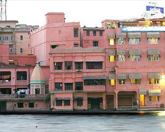 Ganga Sadan - Haridwar - Outdoors view