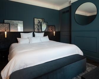 Château de Vignée - Rochefort - Bedroom