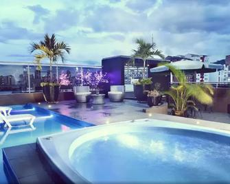Hotel La Serrania - Bucaramanga - Pool