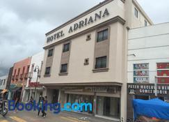 Hotel Adriana - Parral - Toà nhà