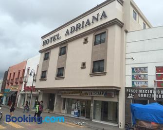 Hotel Adriana - Parral - Building