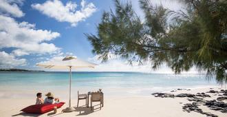 Lux Belle Mare Resort & Villas - Belle Mare - Beach