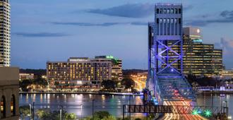DoubleTree by Hilton Hotel Jacksonville Riverfront - Jacksonville - Outdoor view