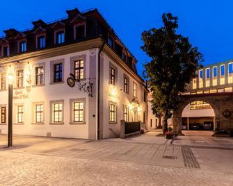 Hotel Schwan & Post - Bad Neustadt an der Saale - Gebouw