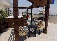 My Home Suites - Celaya - Edificio