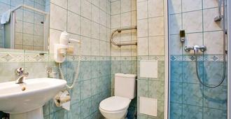 Rixwell Irina Hotel - Riga - Baño