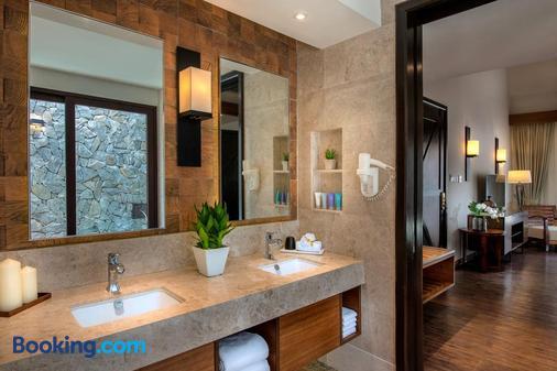 The Banjaran Hotsprings Retreat - Ipoh - Bathroom