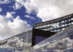 Clarion Hotel Arlanda Airport Terminal - Arlanda - Building