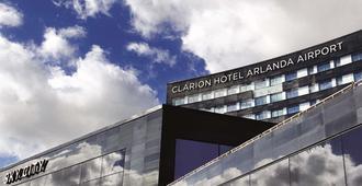 Clarion Hotel Arlanda Airport Terminal - Arlanda - Edifício