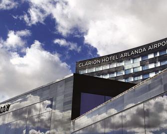 Clarion Hotel Arlanda Airport - Arlanda - Gebäude
