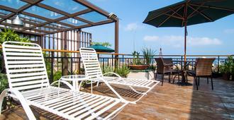 Lishiuan International Hotel - Hualien City - Balcón