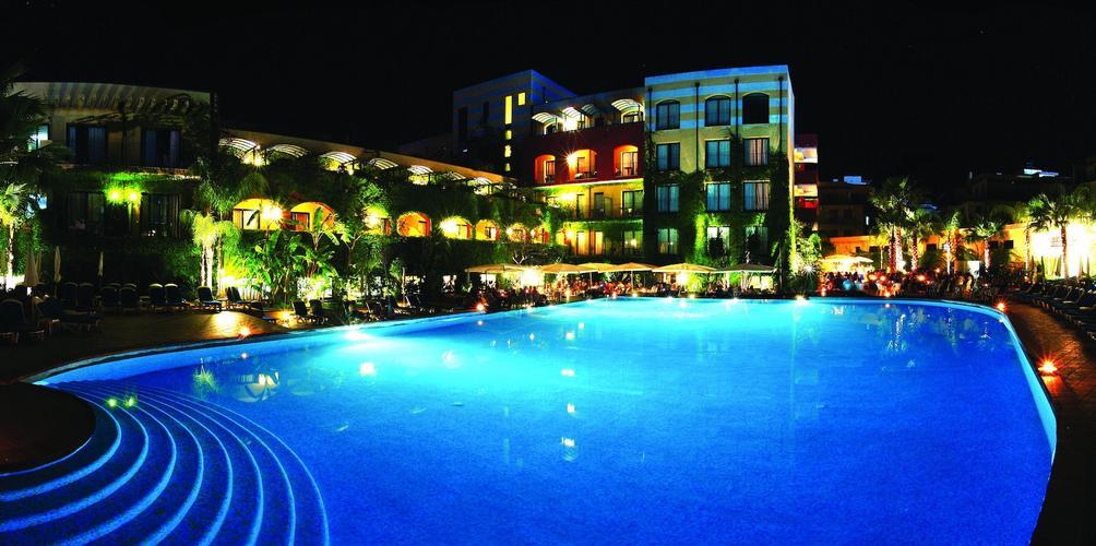 Hotel Caesar Palace Giardini Naxos