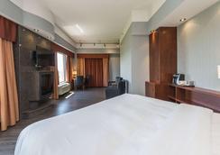 Quality Inn & Suites - Lévis - Κρεβατοκάμαρα