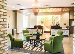Hotel Indigo Traverse City - Traverse City - Lobby