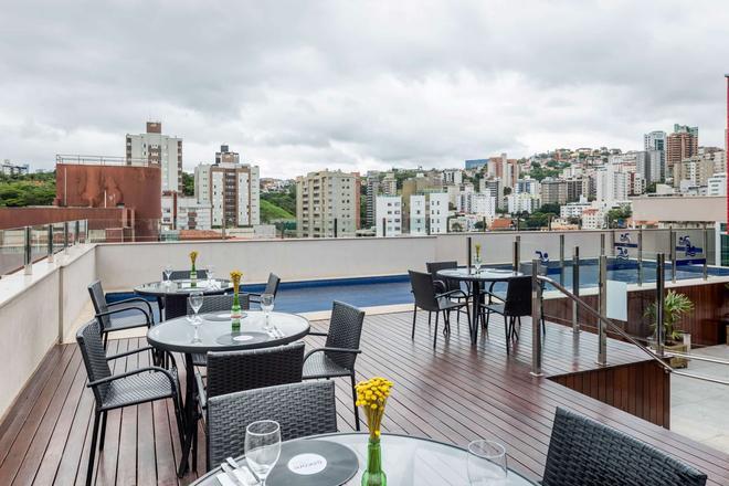 Ramada Encore by Wyndham Belo Horizonte Luxemburgo - Belo Horizonte - Balcony