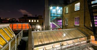 Clink78 Hostel - Londres - Bâtiment