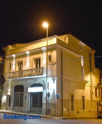 Finestre Sul Borgo - Cassano delle Murge - Building