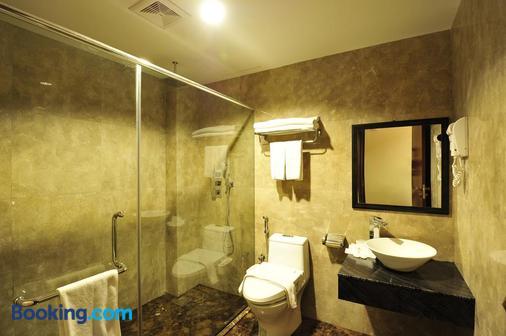 Hallmark Crown Hotel - Malacca - Μπάνιο