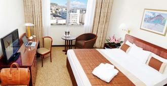 Carlton Hotel - Antananarivo - Schlafzimmer