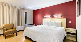 Red Roof Inn Plus+ West Palm Beach - ווסט פאלם ביץ' - חדר שינה