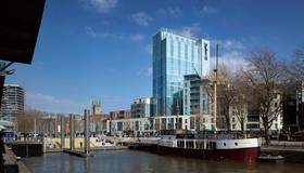 Radisson Blu Hotel, Bristol - Bristol - Building