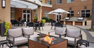 Residence Inn by Marriott Anaheim/Garden Grove - Garden Grove - Innenhof