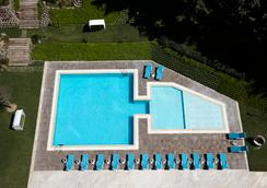 Istanbul Gonen Hotel - Istanbul - Pool