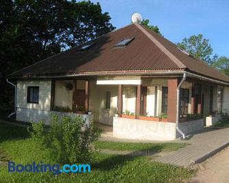 Viesu nams Kadiki - Vestiena - Building