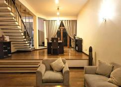 Occazia Residence - Colombo - Living room