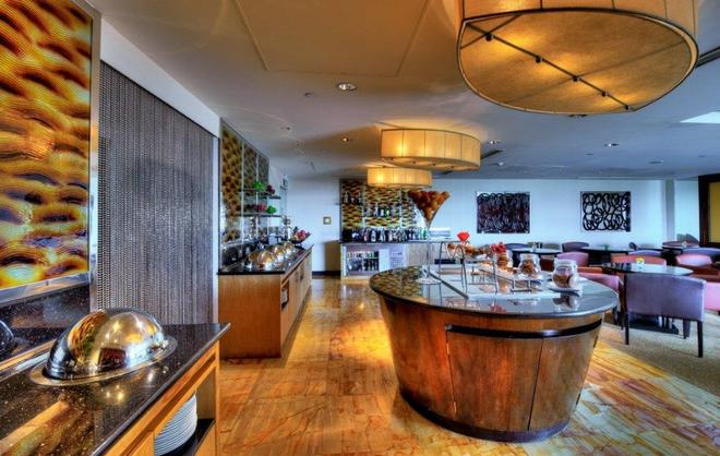 肉桂大可倫坡酒店 - 可倫坡 - 可倫坡 - 自助餐