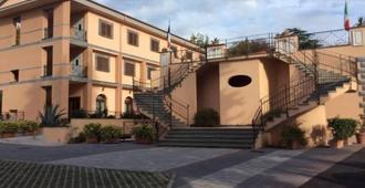 Hotel Ristorante Villa Icidia - Frascati
